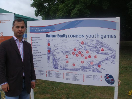 Murad Qureshi Am shows where Mayor Johnson should have been last sunday