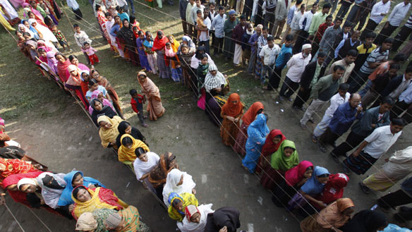 queues-at-polling-station
