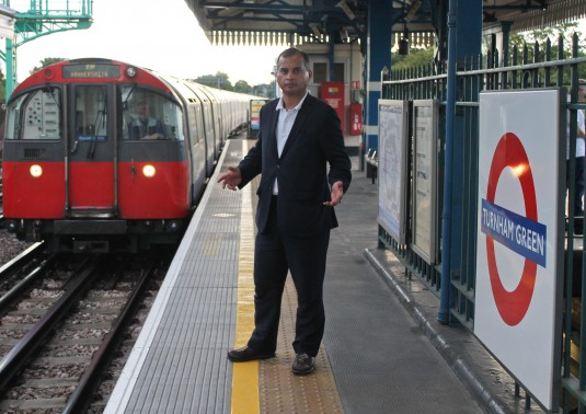 no stopping the this Piccadilly line train at  Turnham Green?